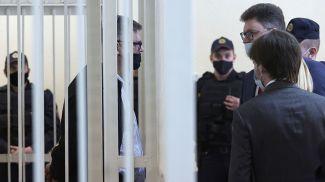 Виктор Бабарико и адвокат Дмитрий Лаевский