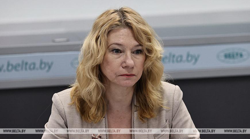 Татьяна Симановская во время круглого стола