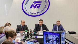 Дмитрий Пиневич во время заседания