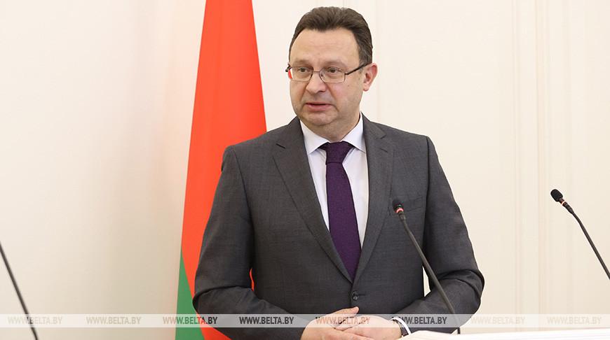 Министр здравоохранения Дмитрий Пиневич заявил, что Беларусь готова к третьей волне COVID-19.