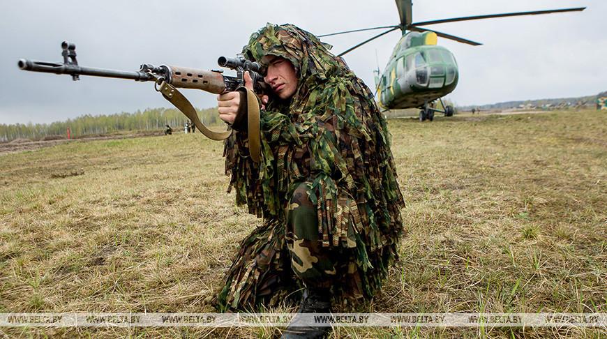 Военнослужащий 38-й отдельной гвардейской десантно-штурмовой бригады сил специальных операций Вооруженных Сил Республики Беларусь. Фото из архива