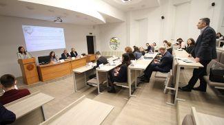 Фото прсс-службы Академии управления при Президенте Беларуси