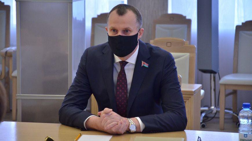Анатолий Исаченко. Фото Совета Республики