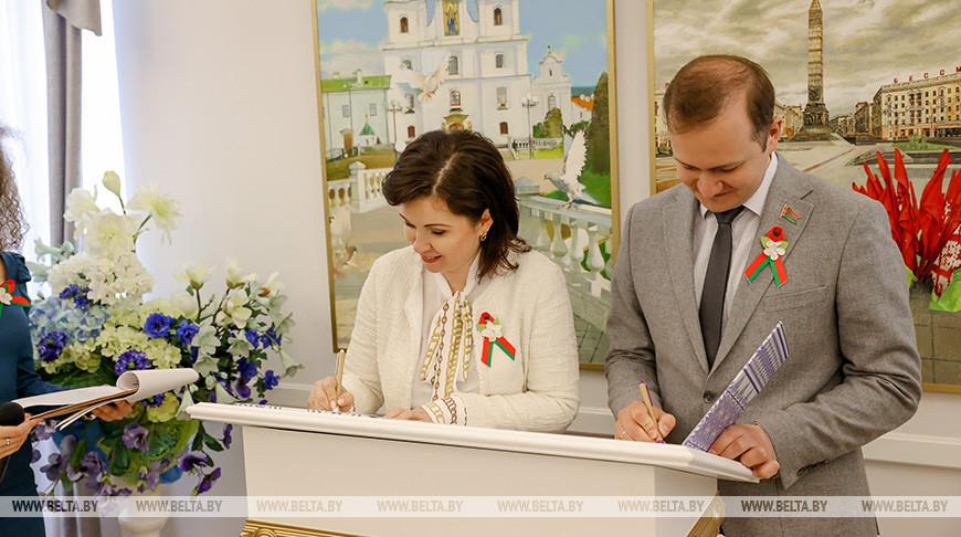 БРСМ и концерн 'Беллегпром' подписали соглашение о сотрудничестве