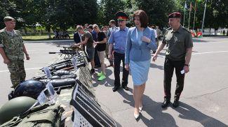 Наталья Кочанова во время открытия военно-патриотического лагеря