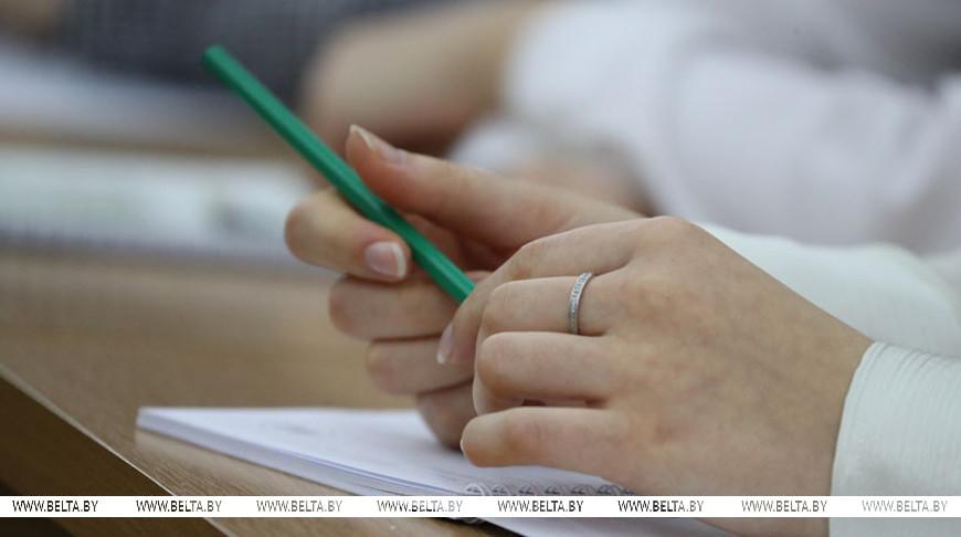 В средние специальные учебные заведения Беларуси на все формы получения образования зачислены 36,4 тыс. абитуриентов