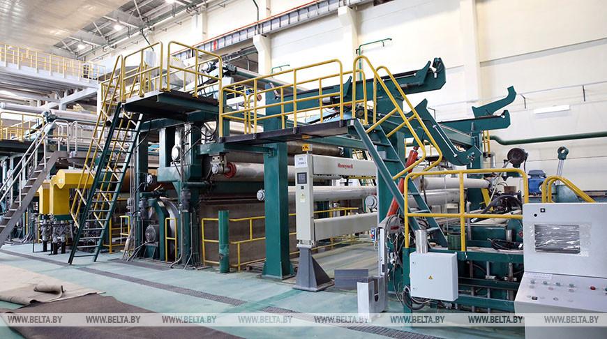 Выпуск картона на заводе в Добруше планируют начать в апреле
