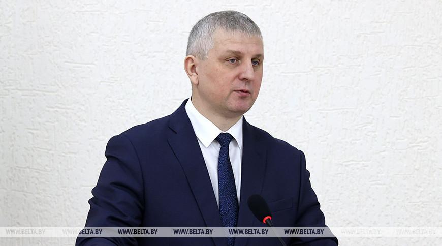 Валерий Бельский во время встречи