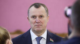 Анатолий Исаченко во время заседания