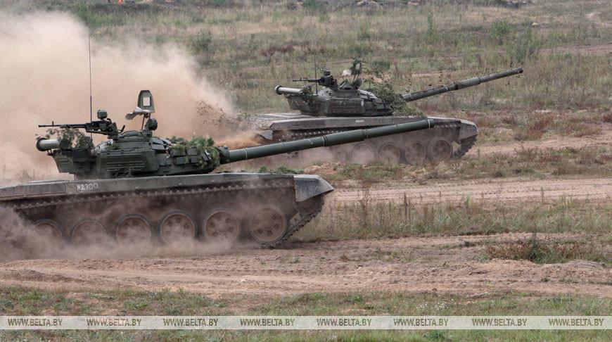 В Брестской области проводится полевой выход отдельного танкового батальона