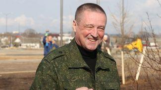 Леонид Заяц во время субботника