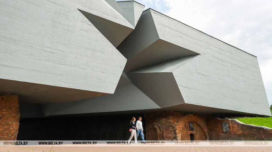 В Брестской крепости готовят предложения для продолжения реставрации сооружений по проекту СГ