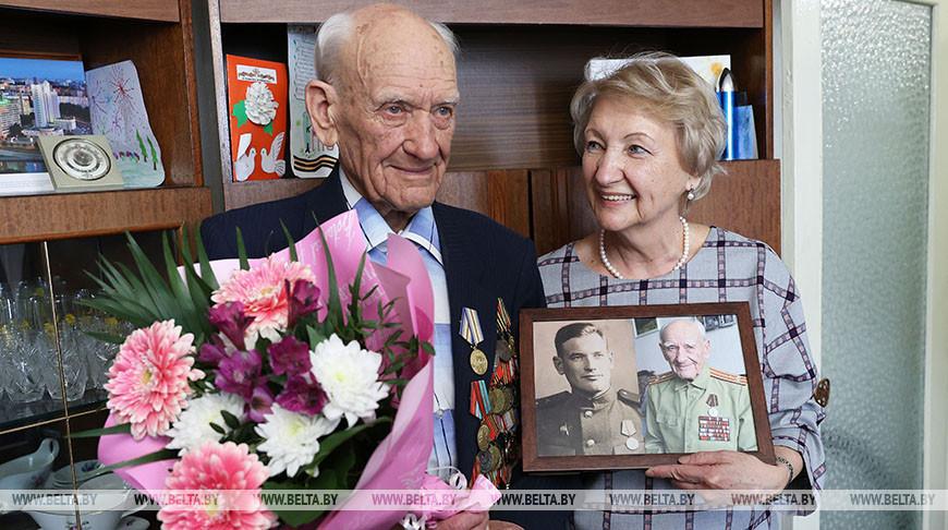 Ветеран Великой Отечественной Войны Иван Курындин и дочь Галина Ляшук