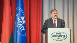 Геннадий Соловей во время встречи. Фото newsgomel.by