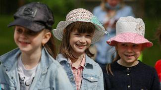 Дети из школьного лагеря во время посещения Минского городского туристско-экологического центра детей и молодежи
