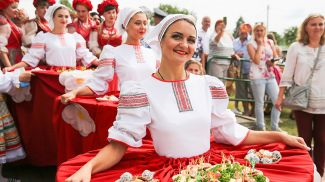"""На фестивале """"Мотальскія прысмакі"""". Фото из архива"""