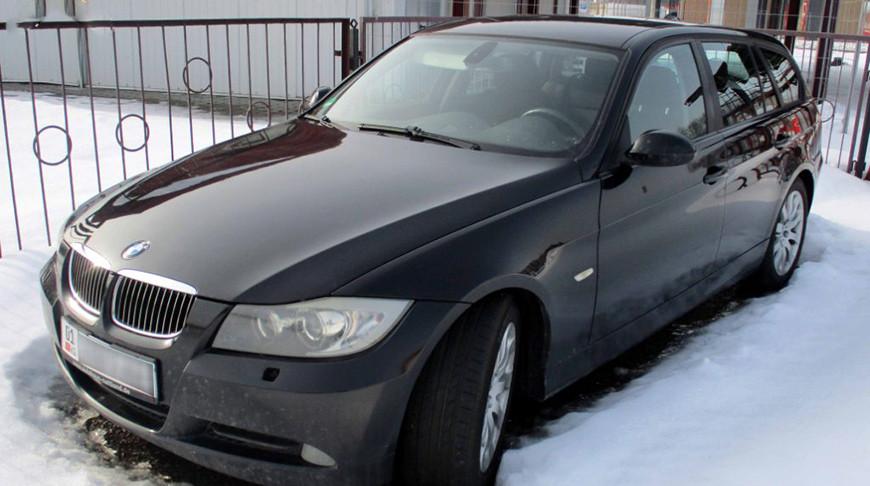 Гродненские таможенники пресекли попытку ввоза авто по поддельным документам
