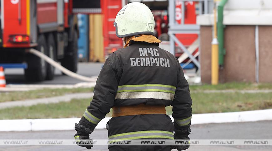 В Вилейском районе при тушении пожара в жилом доме пострадал мужчина