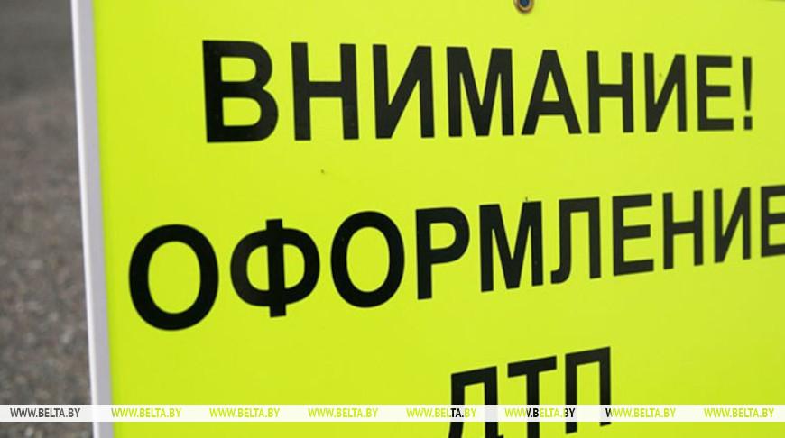 Один человек погиб при столкновении большегруза и трактора в Петриковском районе
