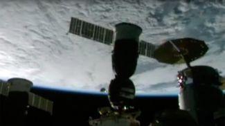 Скриншот из видеотрансляции Роскосмоса