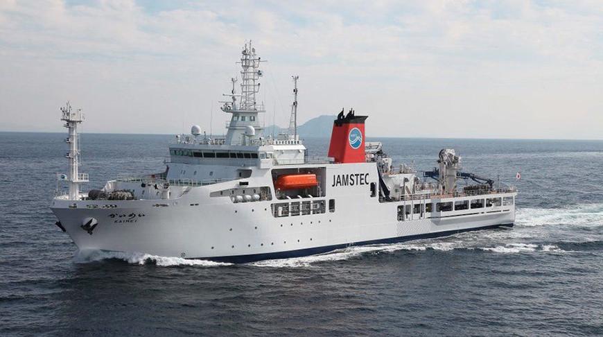 Научно-исследовательское судно установило рекорд глубины у берегов Японии