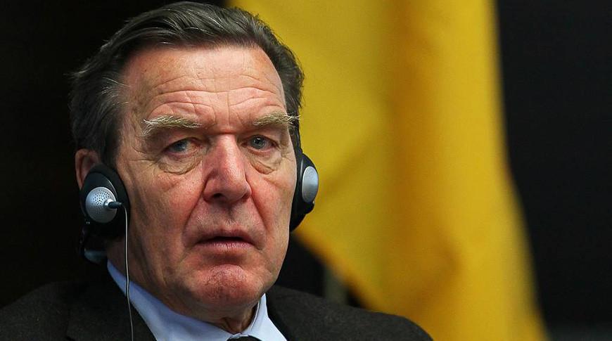Экс-канцлер ФРГ подверг критике попытки проводить международную политику посредством санкций