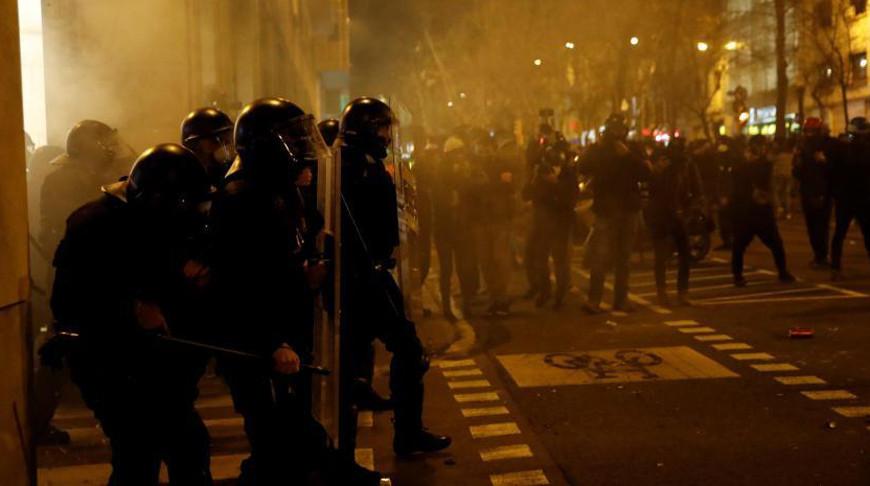 В Каталонии из-за задержания рэпера Пабло Хаселя начались акции протеста
