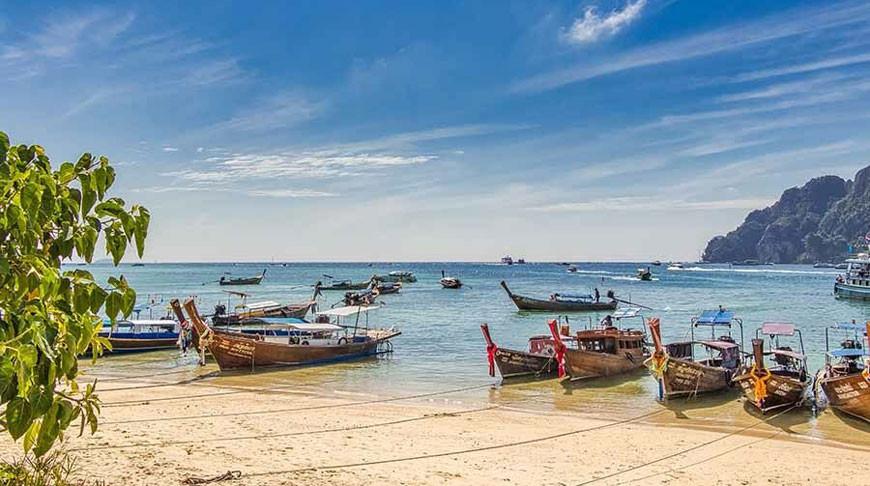Таиланд сократит карантин для вакцинированных туристов