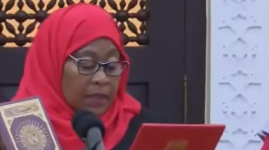 Самия Хасан Сулуху. Скриншот из видео  Mwananchi Digital