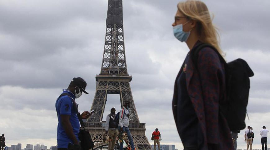 Во Франции усилили контроль за соблюдением ограничительных мер