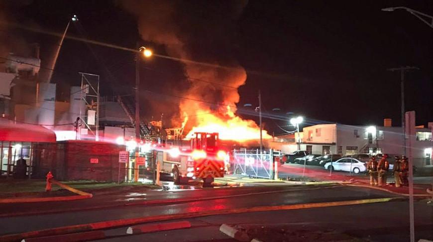 Более 10 человек пострадали от взрыва на лакокрасочном заводе в американском Колумбусе