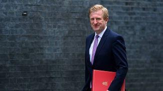 Министр цифровых технологий, культуры, средств массовой информации и спорта Великобритании Оливер Дауден. Фото   EPA -EFE