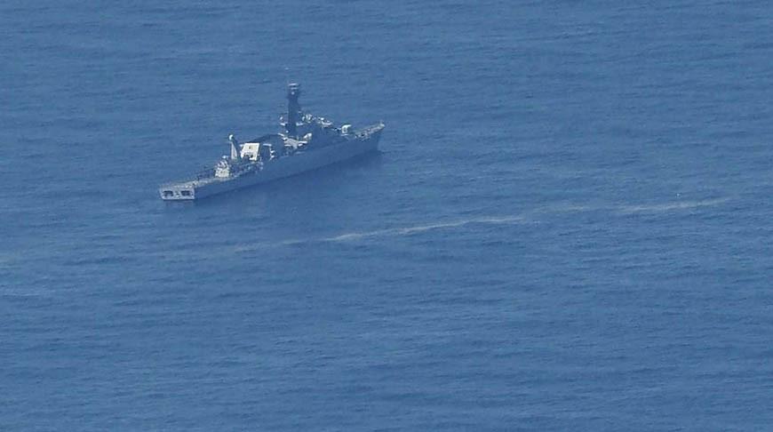Корабль ВМС Индонезии во время поиска подводной лодки KRI Nanggala 402. Фото  AP