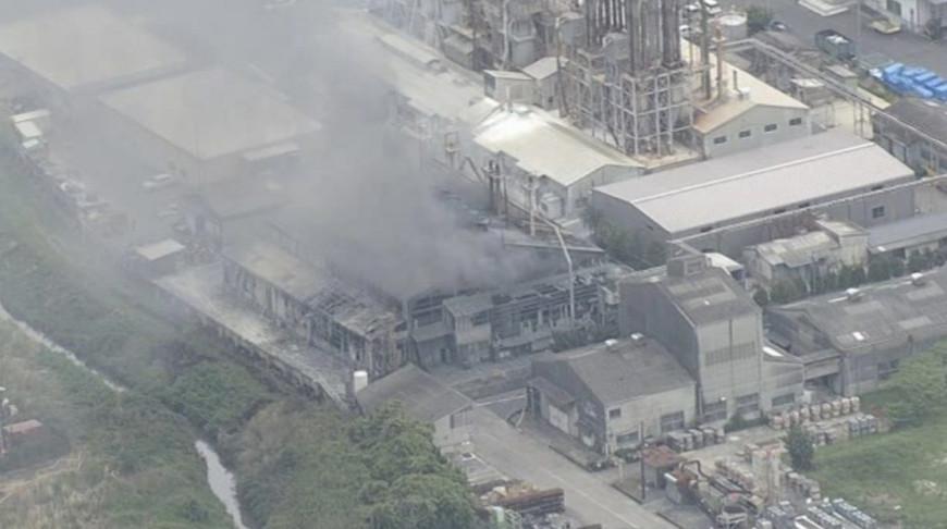 При взрыве на химическом заводе в Японии пострадали четыре человека