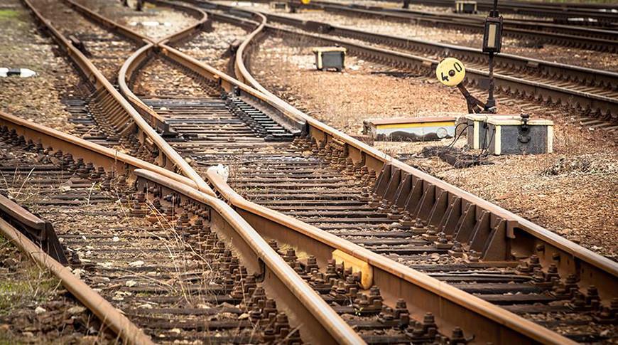 В Миннесоте из-за схода поезда с рельсов произошла утечка соляной кислоты
