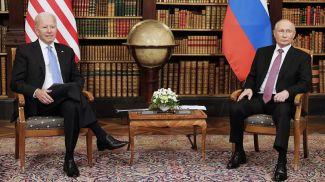 Джо Байден и Владимир Путин. Фото ТАСС