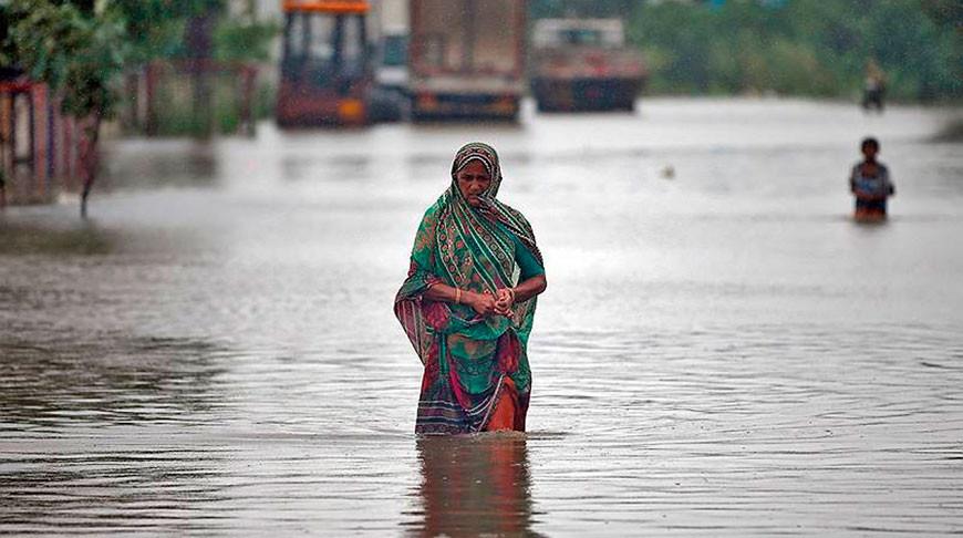 В Индии из-за ливней и сброса воды из водохранилищ погибли 23 человека