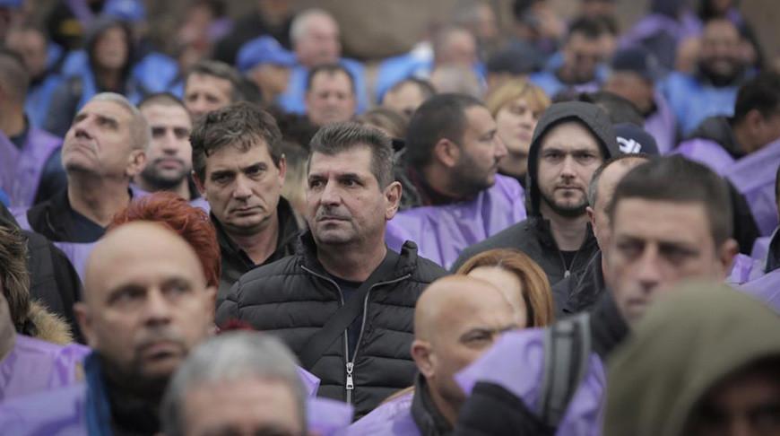 В Болгарии шахтеры и энергетики провели акцию протеста, требуя сохранить рабочие места