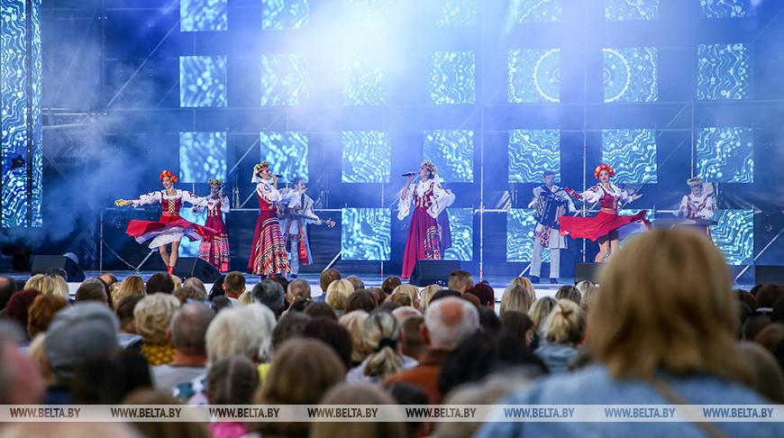 На концерте. Фото из архива