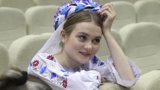 Артистка Арина Сидоренко