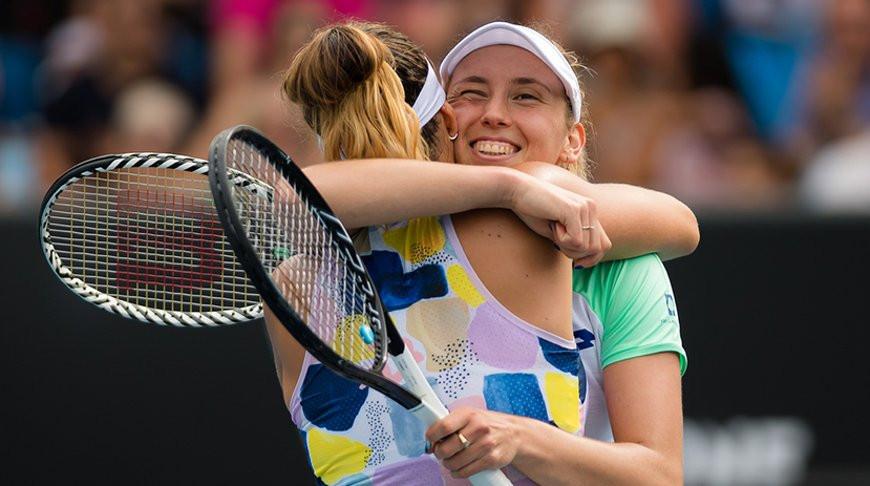 Белоруска Арина Соболенко и бельгийка Элизе Мертенс стали победительницами женского парного разряда открытого чемпионата Австралии по теннису.