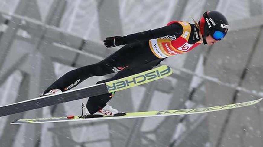 Норвежка Марен Лундбю выиграла золото ЧМ в прыжках на лыжах с трамплина