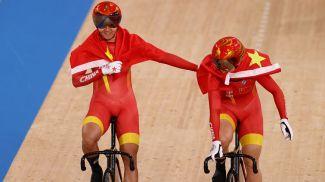 Бао Шаньцзю и Чжон Тяньши. Фото  Reuters