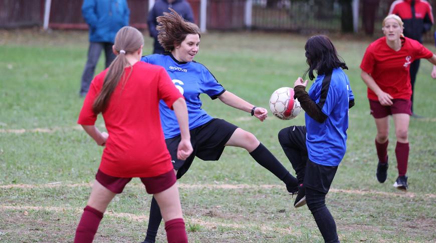 Определились призеры республиканского футбольного турнира с участием женских команд в Улле