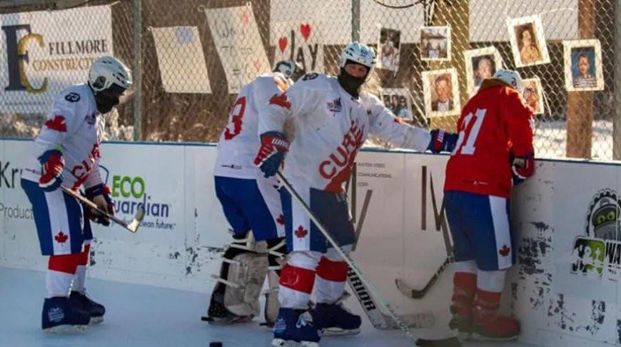 В Канаде прошел самый длинный хоккейный матч, завершившийся со счетом 2649:2528
