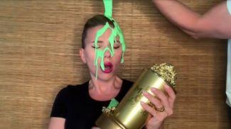 Скарлет Йоханссон. Скриншот из видео