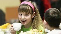 Организацию школьного питания нужно кардинально менять - КГК