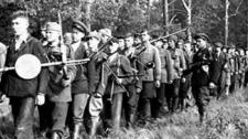 Они были первыми - о Героях СССР среди партизан комиссаре Бумажкове и командире Павловском