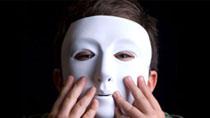 Уличные протесты – сорвать маски!
