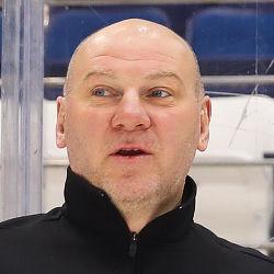 Андрей Николишин